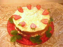 WHITE CHOCOLATE &  STRAWBERRY SPONGE CAKE recipe